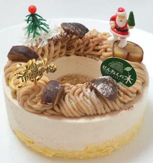画像: 商品名:【新作】和栗のモンブラン(とろなまバウム) 価 格:2,200円(税込) 特 徴: 栗のレアチーズを使った「とろなまバウム」の上に、国産和栗をあしらったクリスマス限定のモンブランケーキです。今が旬の濃厚な和栗を使うことで、ケーキの美味しさがいっそう引き立っています。