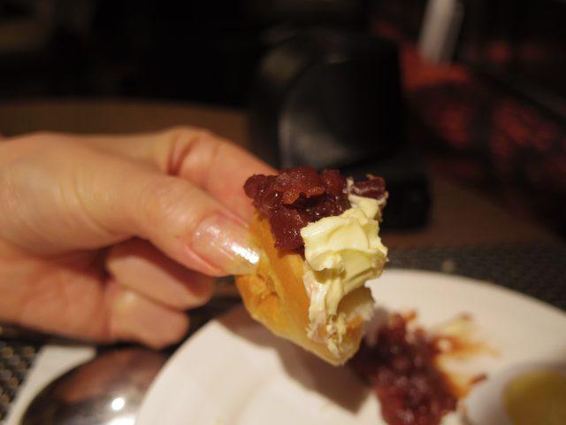画像: 備え付けのあんこ&バターで、名古屋名物小倉バタートーストを作ってみました!