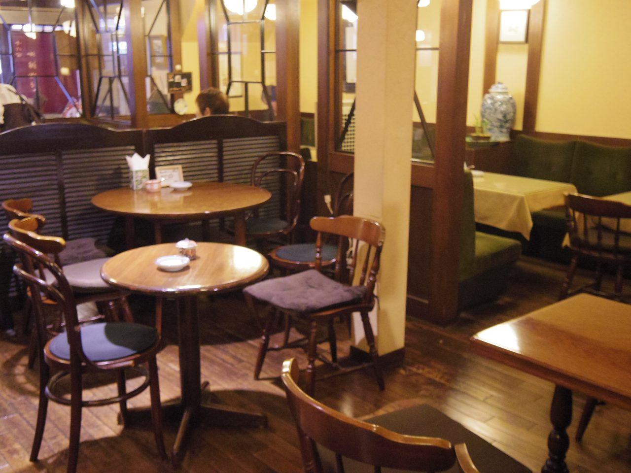 画像: 落ち着いた雰囲気 www.coffee-story.co.jp