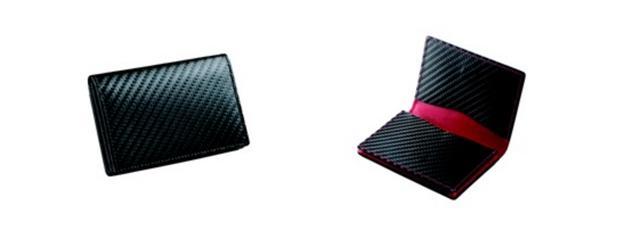 画像: ■名刺ケース 価格:26,600円(税込) カラー:ブラック・レッド 名刺は40枚収納可能。外側にポケット付。フラップはマグネットタイプ。