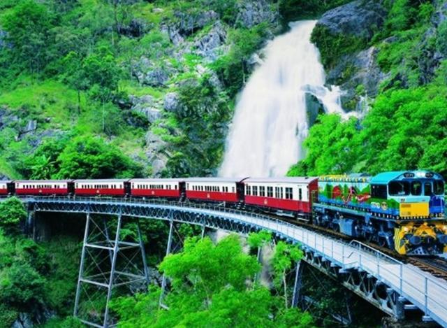 画像: ■第1位 世界遺産キュランダ観光ツアー 列車とスカイレールを両方楽しむ&選べる滞在プラン by どきどきツアーズ 人気No.1壮大な大自然のキュランダ。スカイレールや高原列車はもちろんジャングル体験やマーケットでキュランダでの滞在が楽しめるツアーです。自分のペースで観光したい方のための自由観光プランもあります。 www.veltra.com