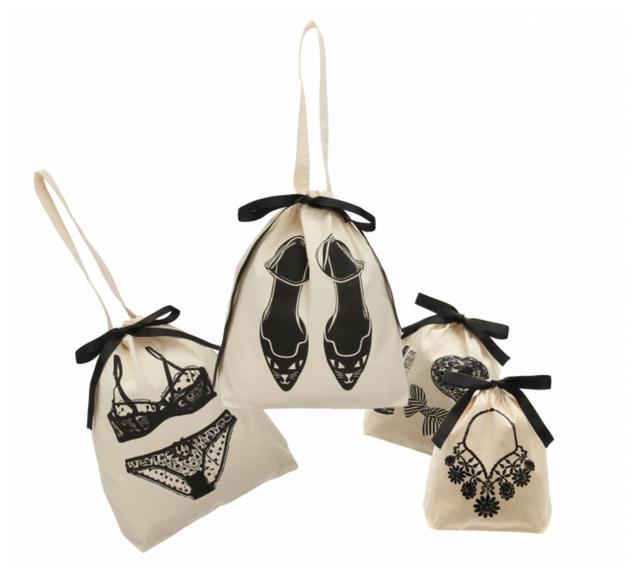 画像: オーガナイジングバッグ 各1,400円 オーガナイジングバッグミニ 各1,000円 女性の生活シーンに欠かせないグッズのイラストと、バッグに収納する中身をあわせれば、何が入っているのか一目瞭然。おしゃれに効率よく整理整頓ができるのも「Bag-all」のl魅力です。