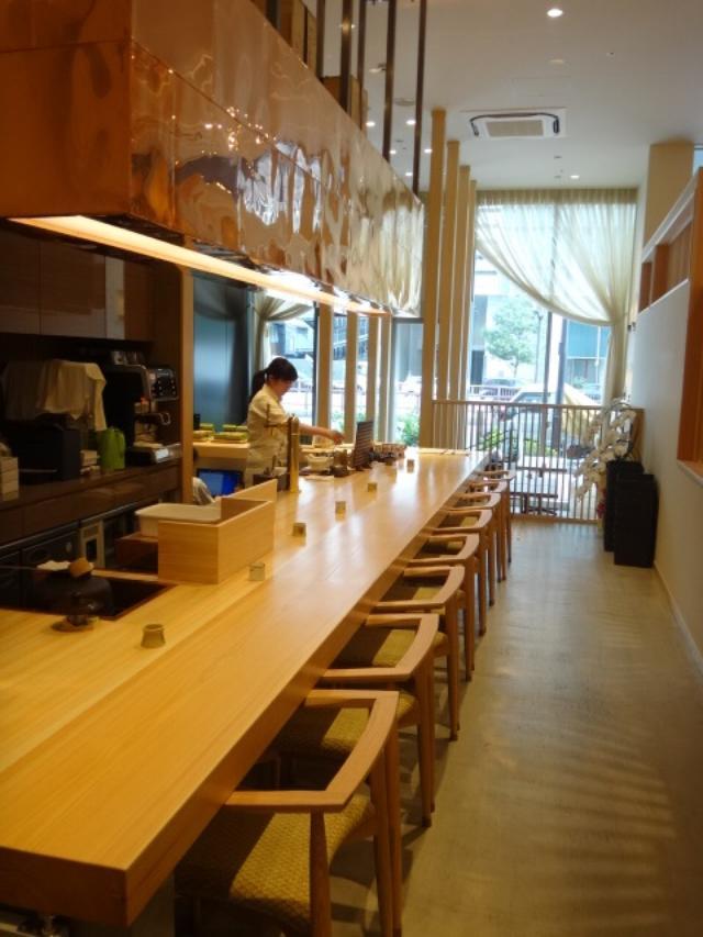画像1: 【試食レポ】『茶cafe 竹若』丁寧に淹れられたお茶とこだわりのお茶スイーツを和モダンな空間で楽しむくつろぎカフェが東銀座にOPEN!〜ティータイム編