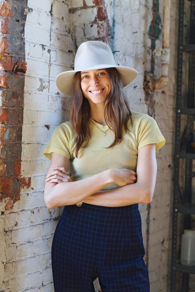 画像: 有名ファッション誌に掲載され世界中が注目するフォルム。デザイナーのダニーも来日! 「クライド」帽子46,440円