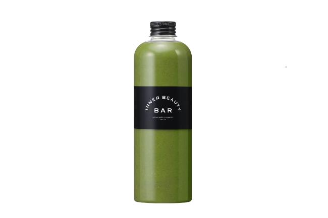 画像: Green Smoothie : Mango Lime 商品名称 マンゴーライム 300mL×2本 糖質の吸収を抑えるモロヘイヤが胃腸を保護し、肝臓と腎臓の働きをサポート。女性ホルモンの分泌をサポートするビタミンEが豊富なマンゴーや、糖質の代謝を助けて細胞の新陳代謝を促進するライムも使用。この時期に不足しがちなミネラルも豊富で、夏バテの予防にも。 モロヘイヤ/マンゴー/ライム/オレンジ 【夏バテ予防】【糖質コントロール】