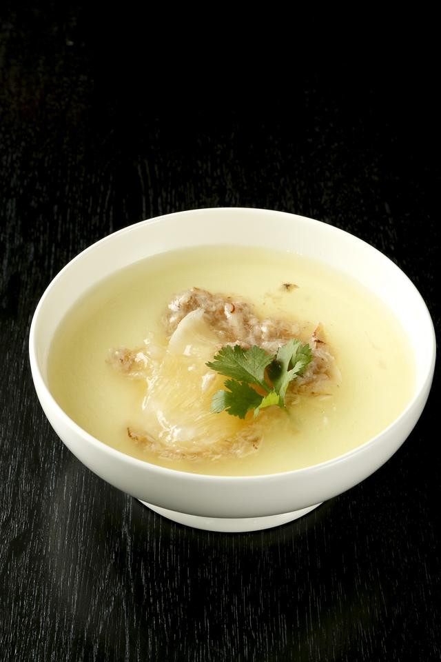 画像: 【11F】シンガポール・シーフード・リパブリック(アジアンエスニック) おいしい蟹あんかけ茶碗蒸し 800円(税込) ≪ディナータイム/1日10食限定≫ 「明治おいしい牛乳」を使った茶碗蒸しに蟹とフカヒレのおいしいあんかけを合わせました。