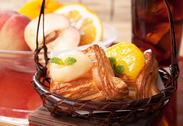 画像: ニュースリリース|MIYABIから、旬の果物を使用したデザート感覚の期間限定パン3種など新作8種が登場!