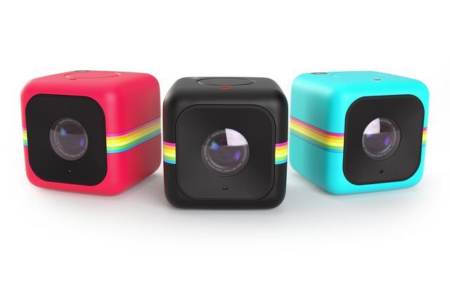 画像: Polaroid Cube+ (ポラロイド キューブプラス) 色     ブラック、ブルー、レッド 価格(税抜)   19,800円 機能    アクションカメラ わずか3.5cm角の手のひらサイズのキューブ型ライフアクションカメラ。 思わず手に取りたくなるキュートな風貌で日常使いに最適 発売日   6月10日(金) 場所    SBSオンラインショップにて発売開始※3