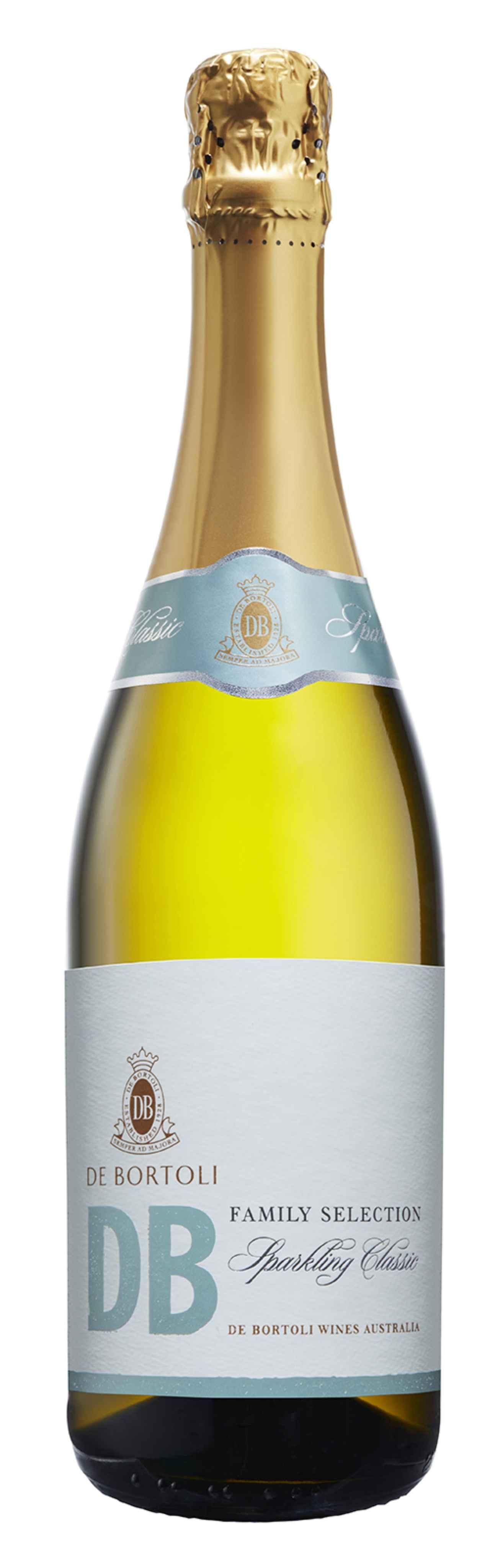 画像: 「De Bortoli DB Family Selection Sparkling Classic」 (デ・ボルトリ・ディービー・スパークリング・クラシックNV) 口に含んだ瞬間、感じられる泡の広がりの中に、もぎたてフルーツの香りが印象的。 若々しい酸味と甘みのバランスが良く、飲みやすい仕上がりがこの季節によく合う、やや辛口のスパークリングワイン。