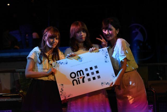画像: こちらはNo.94 宮原梨緒さん(左)、No.37 中村みさきさん(中央)、No.78 入澤優さん(右)が受賞しました! 受賞した3名はオムニ7公式サポーター一般生として活動する権利が贈られます。