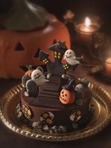 画像: 中からチョコレートのムースが現れます…!