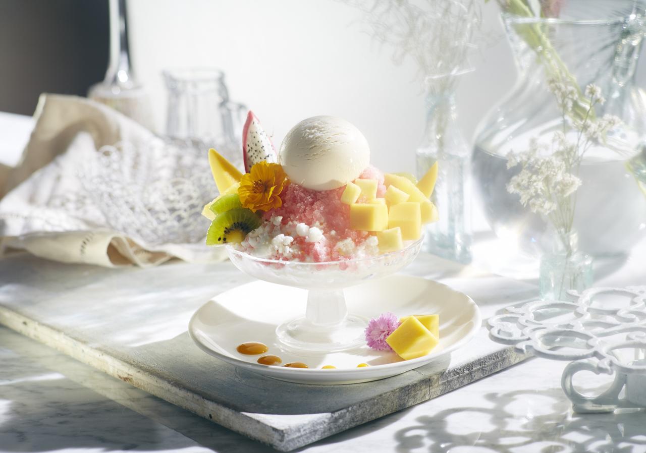 画像: ハイビスカスグラニテ with Häagen-Dazs vanilla ice cream ¥880(税抜き)