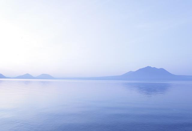 画像4: 水深260mの湖の上で朝のティータイムが楽しもう!