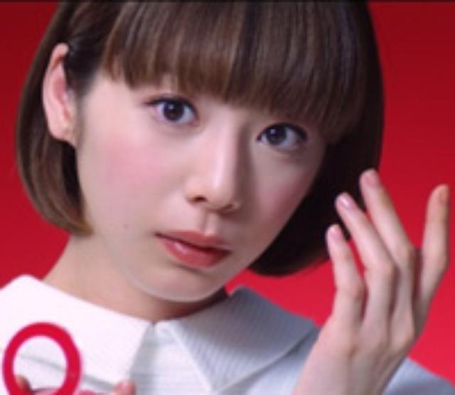 画像: カホ(夏帆さん) 1991年4月生まれ・牡羊座 出版社の広報担当。まじめでしっかり者のお姉さんキャラ。無理せず自然体でいたいと思いながらも、個性が足りないことが悩み。