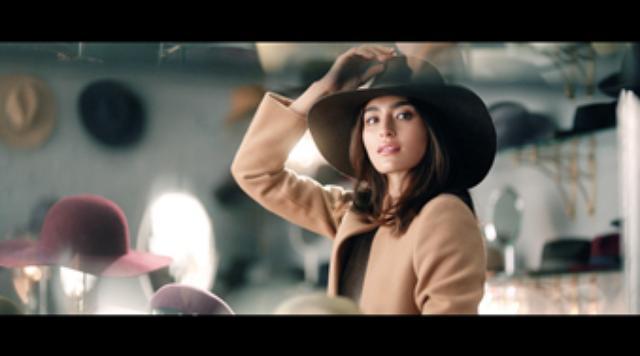 画像4: 『マキアージュ』新CMは思わず触りたくなる色っぽい艶肌に注目!