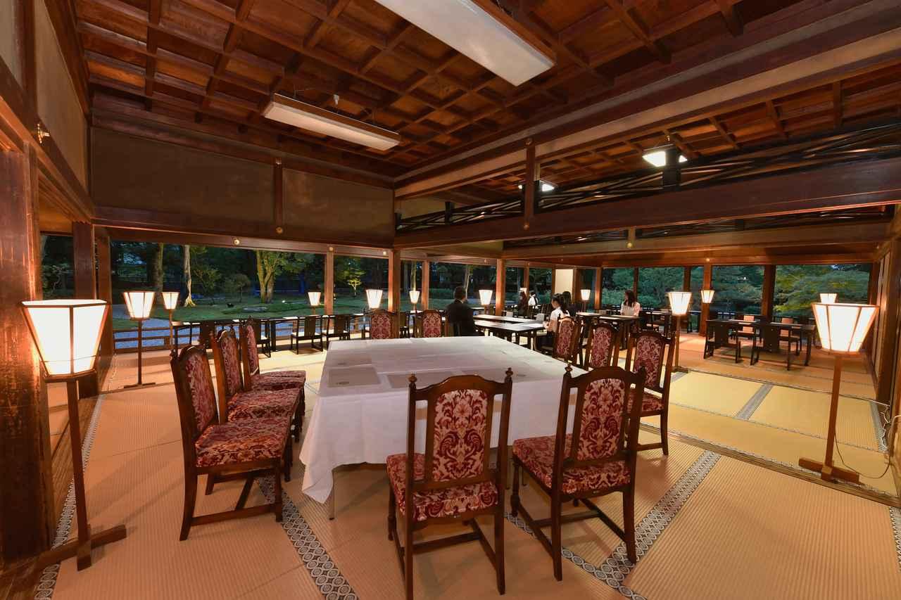 画像2: 橿原神宮 夜間正式参拝と文華殿 饗膳