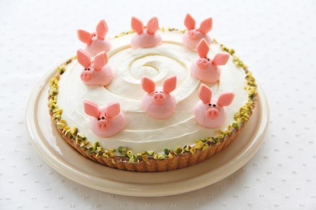 画像: いたずらブタ 甘酸っぱいりんごのチーズタルト 単品:650円 ドリンク付:1,050円