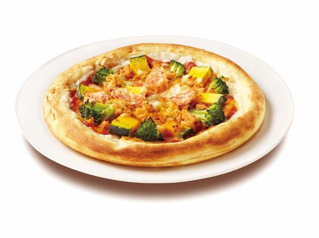 画像: 紅ズワイガニとカボチャの豆乳クリームピッツァ 680円(税込)