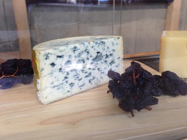 画像4: 【取材レポ】ヨーロッパ産チーズの魅力を体感!予約不要の「LA MAISON DU FROMAGE」に行ってきた!