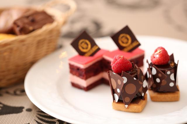 画像3: ■イタリアンレストラン「リストランテ マンジャーレ」では『恋する苺 バレンタイン デザートブッフェ』