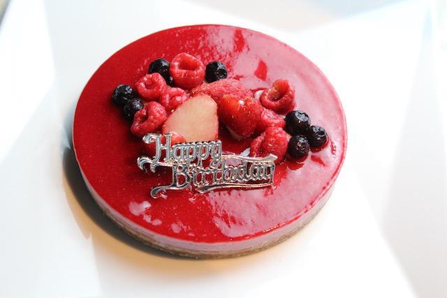 画像: ベリー&カカオのRawケーキ ¥5,400