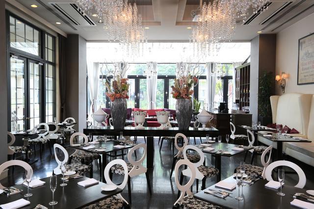 """画像5: レストランで楽しむ""""いちご狩り""""、魅惑のデザインパフェ、鮮やかな彩りのカクテルが勢揃い!"""