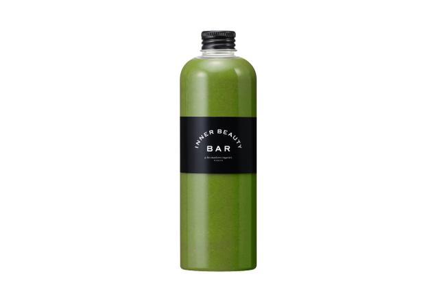 画像: 商品名称 インナークレンズ 300mL×2本 ほうれん草に含まれる豊富なカリウムが、体内に溜まった余分な水分を排出。パイナップルのたんぱく質分解酵素が老廃物を分解し、体内の毒素をスムーズに排出します(注)。酵素たっぷりのキウイは、消化を促し胃腸を健康に。すっきりとした味わいながら、体内をくまなくデトックスしてくれる、頼もしい一品。 (注)効果を保証するものではございません。 サラダほうれん草/パイナップル/レモン/キウイ 【整腸作用】【むくみ解消】