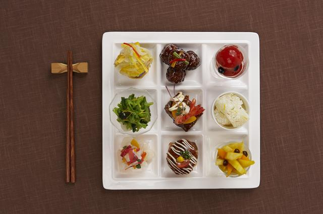 画像: 三尺三寸箸」の季節限定『春の食彩』メニュー