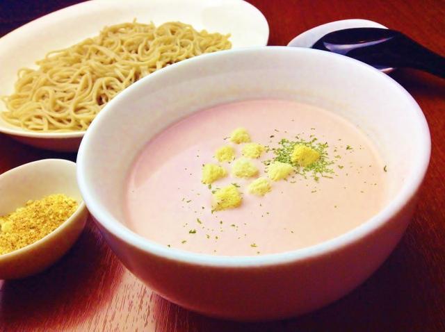 画像: 話題の蕎麦カフェから季節限定創作蕎麦メニュー『春色豆乳スムージーつけ蕎麦』