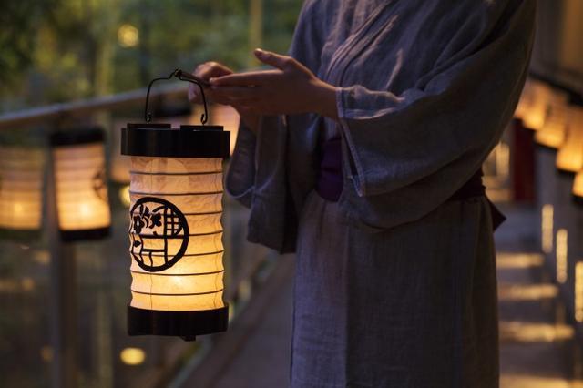 画像: 100個の小田原提灯ライトアップ開催