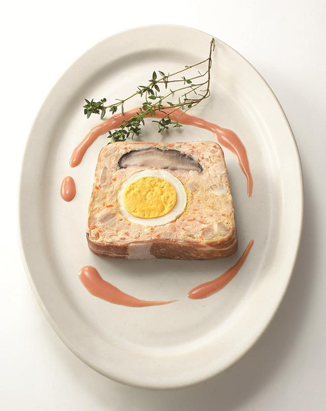 画像: 『トロワグロ』鶏肉と豆腐のミートローフ