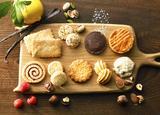 """画像1: 焼き菓子専門店「ビスキュイテリエ ブルトンヌ」から、人気のクッキー缶""""ブルターニュ クッキーアソルティ<缶>""""に大サイズが登場!"""