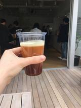 画像: テラス席でニトロコーヒーを。