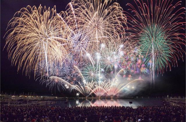画像4: 夏一番花火大会18,000発の大花火と音楽のコラボレーション!