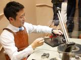 画像: 『ケイ・ウノ』は自社でのダイヤモンドカット・研磨にこだわっているそう