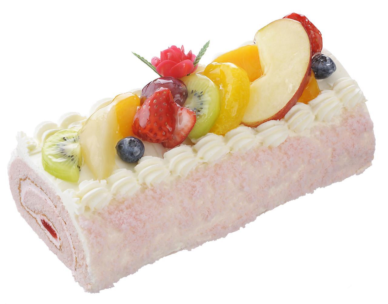 画像: 価 格: <長さ19cm、約4人分>¥1,850(税込¥1,998) 販売期間: 2017年5月12日(金)~14日(日) 特 長: 苺クリームと苺ジャムをふわふわ苺風味スポンジで巻いて、フルーツを飾った、母の日限定の豪華なロールケーキ。バラの花ピック付き。