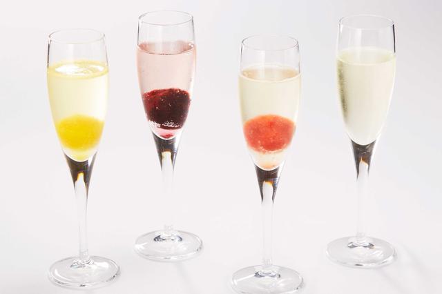 画像1: 果肉と果汁たっぷりのアイスを使ったスパークリングカクテルも!