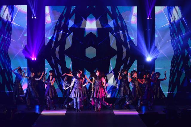 画像: 乃木坂46も華麗なパフォーマンスを披露!