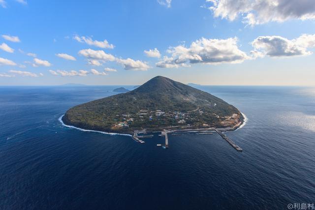 画像2: 村長自ら秘境利島を案内します!椿の島星空観察&宮塚山トレッキング