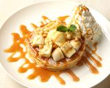 画像: ほろ苦い甘さの濃厚なキャラメルソースたまらない!「キャラメルバナナパンケーキ」
