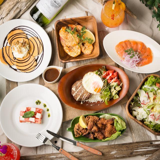 画像: ◆本格ハワイアン料理がリーズナブルに楽しめる ハワイの定番料理であるロコモコ、ポキ、ガーリックシュリンプなど、お店の手作りでご提供しています。 ランチタイムは¥1,000でドリンクセットのガーリックシュリンプがいただけます。 ディナータイムは¥3,500で飲み放題付きロコモコをいただけます。