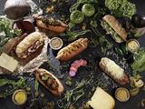 画像1: 「バインミー」にパクチーをトッピングした『バインミードッグ』が『TREE by NAKED marunouchi』に登場
