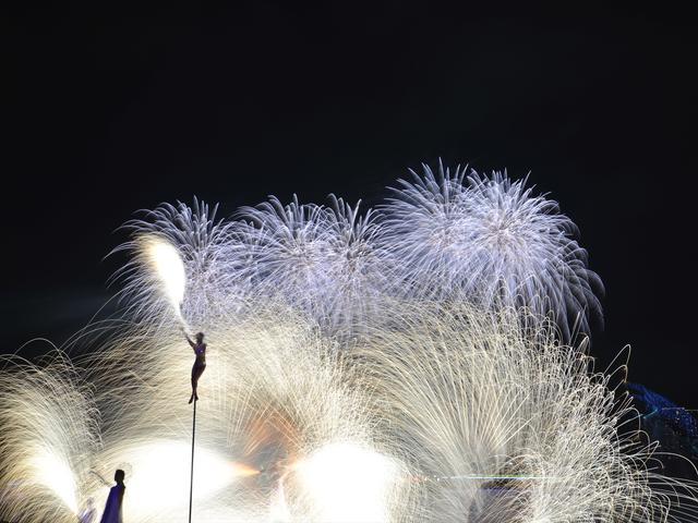 画像3: 世界初の究極の未来型花火エンターテインメント「STAR ISLAND」開催!