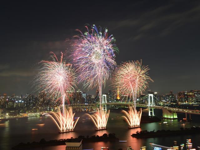 画像2: 世界初の究極の未来型花火エンターテインメント「STAR ISLAND」開催!