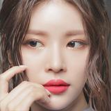 画像: 着用カラー/04. ローズソルベ。顔が華やかになる魅力的なローズコーラルカラーでトレンディ&スタイリッシュに。