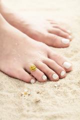 """画像2: 水着に!浴衣に!足の指先までオシャレを楽しむ""""トゥーラー""""に"""