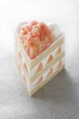 画像: 販売期間わずか数日!1日限定20個!最上級の桃を使用したこだわりのショートケーキ 「エクストラスーパーピーチショートケーキ」 パン&ケーキ パティスリーSATSUKI(ザ・メイン ロビィ階)