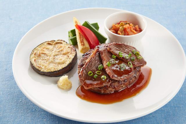 画像: 国産牛と鹿児島産黒豚のハンバーグ&国産牛焼き肉 1,299円