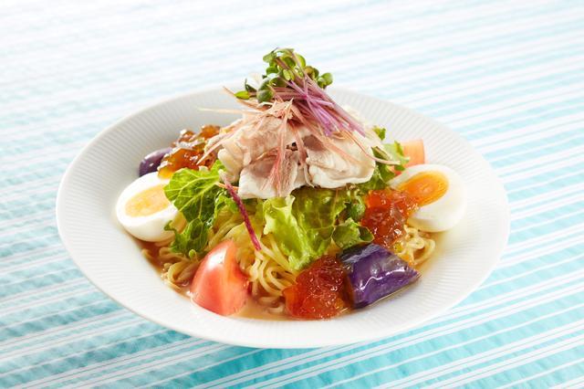 画像: 鹿児島産黒豚 野菜たっぷり胡麻だれ冷やし麺 1,069円