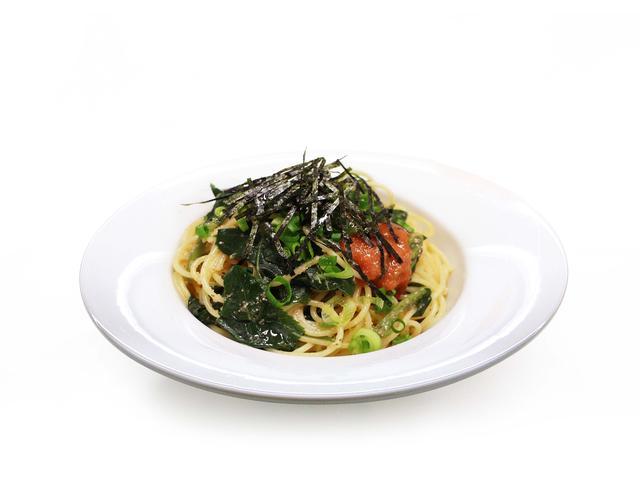画像: モロヘイヤの明太子ペペロンチーノ 福岡県のふくやの明太子を使用したペペロンチーノソースに季節の野菜のモロヘイヤを合わせました。